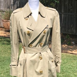 ⬇️Reduced - Authentic Burberry Trench Coat